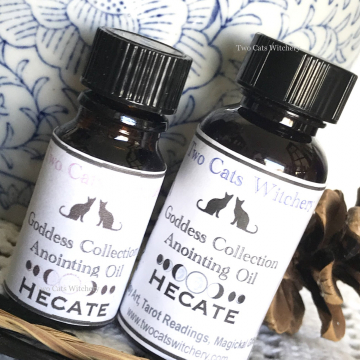 Hecate oil to honor the goddess hekate